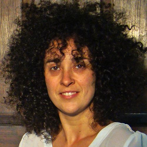 1982 / Paula R. / 1,60M / atriz