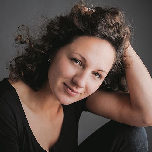 1989 / Tamara L. / 1,70M / atriz