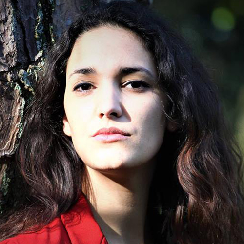 1992 / Jéssica D. / 1,80M / atriz