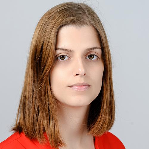 1996 / Ana Sofia C. / 1,61M / atriz