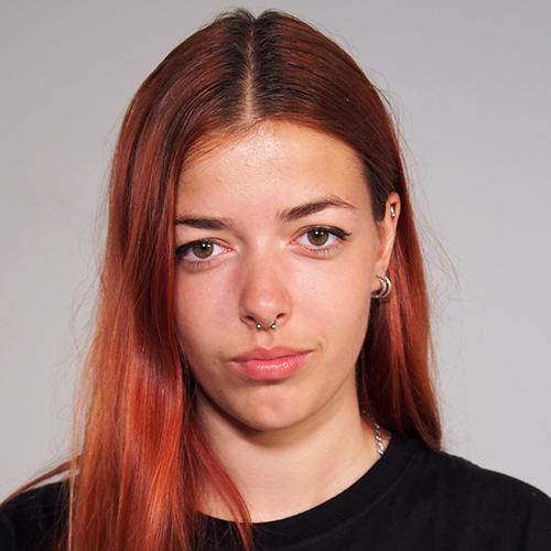 2000 / Bruna C. / 1,72M / atriz