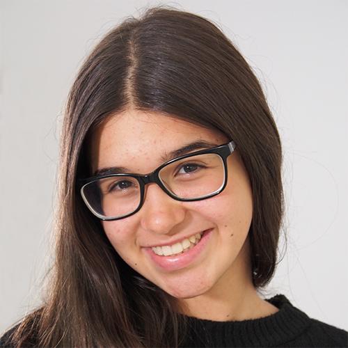 2004 / Adriana S. / 1,62M